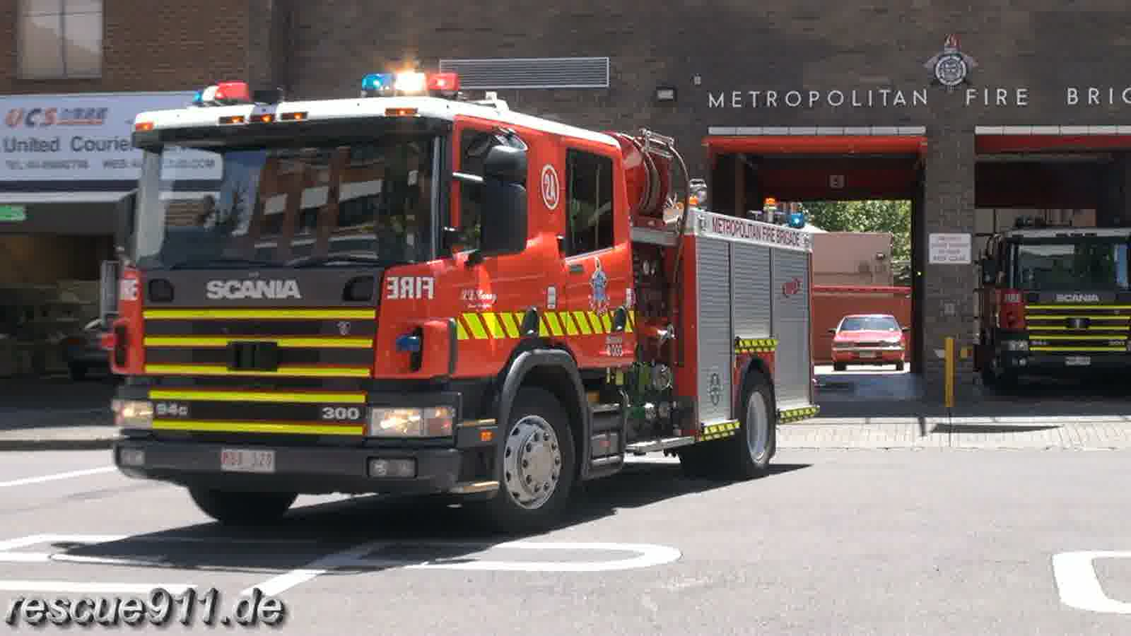 Pumper 2A MFB West Melbourne FS (stream)