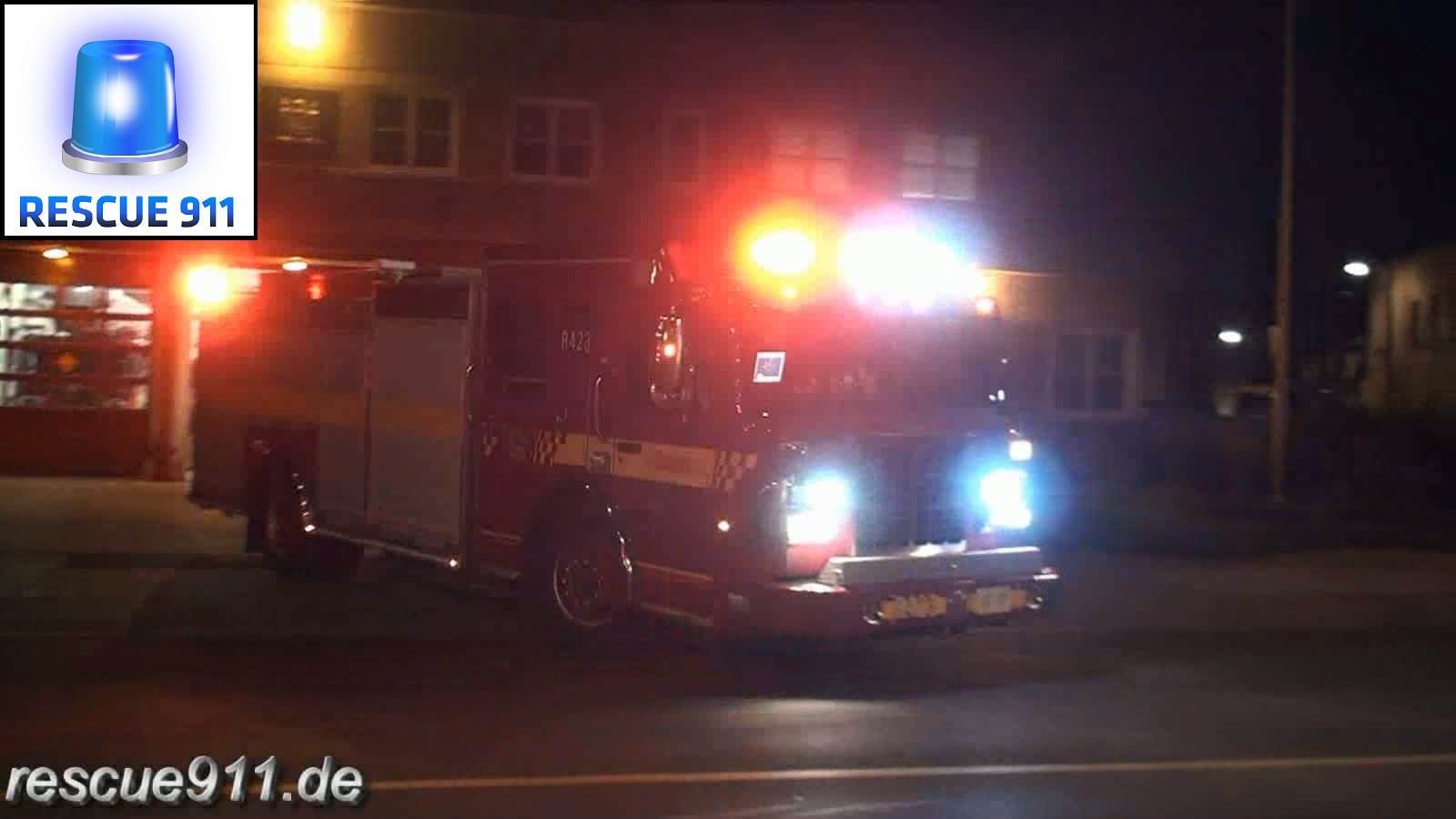 Rescue pump 423 Toronto Fire Services (stream)