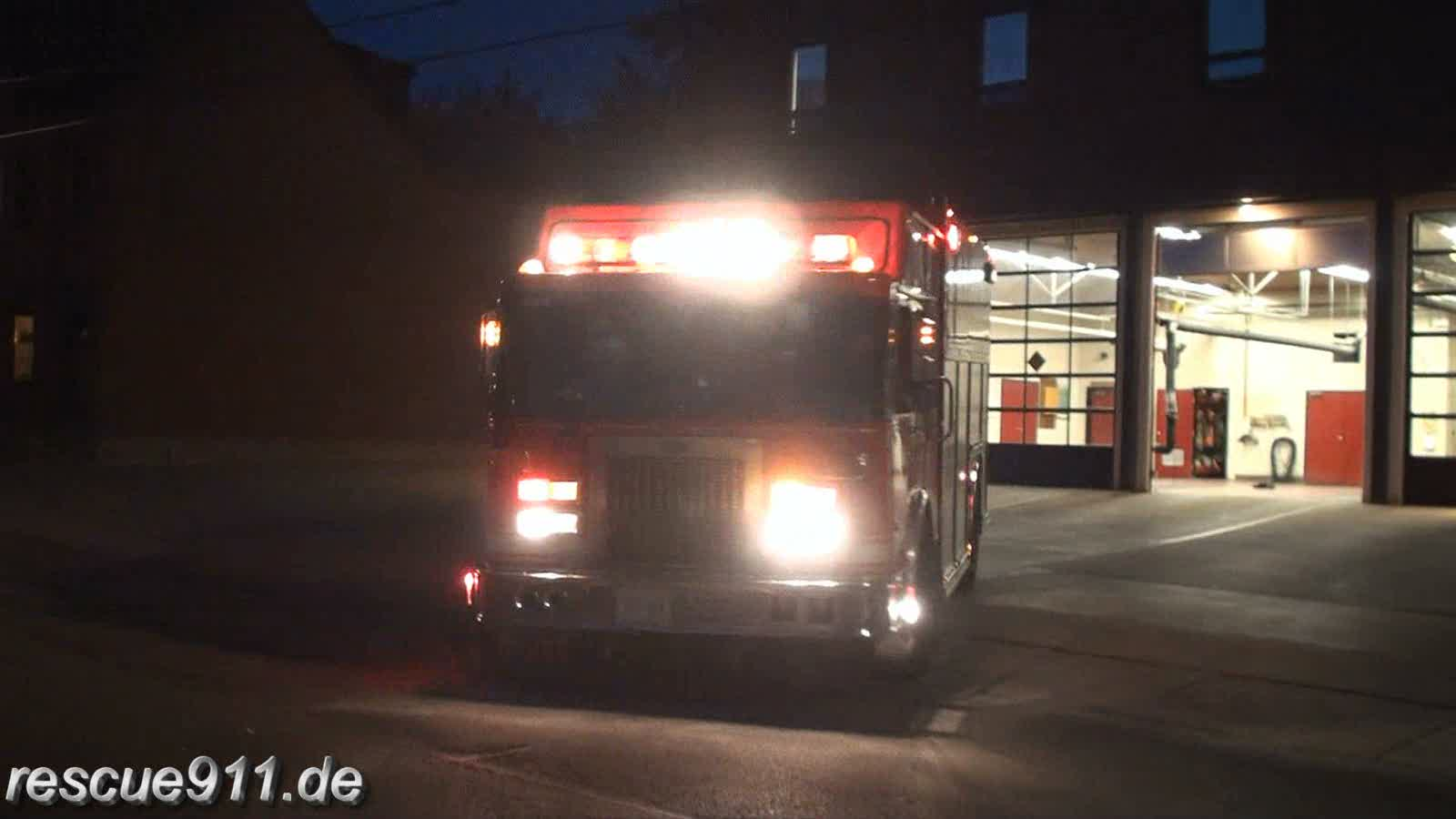 Squad 331 + Pump 332 Toronto Fire Services (stream)
