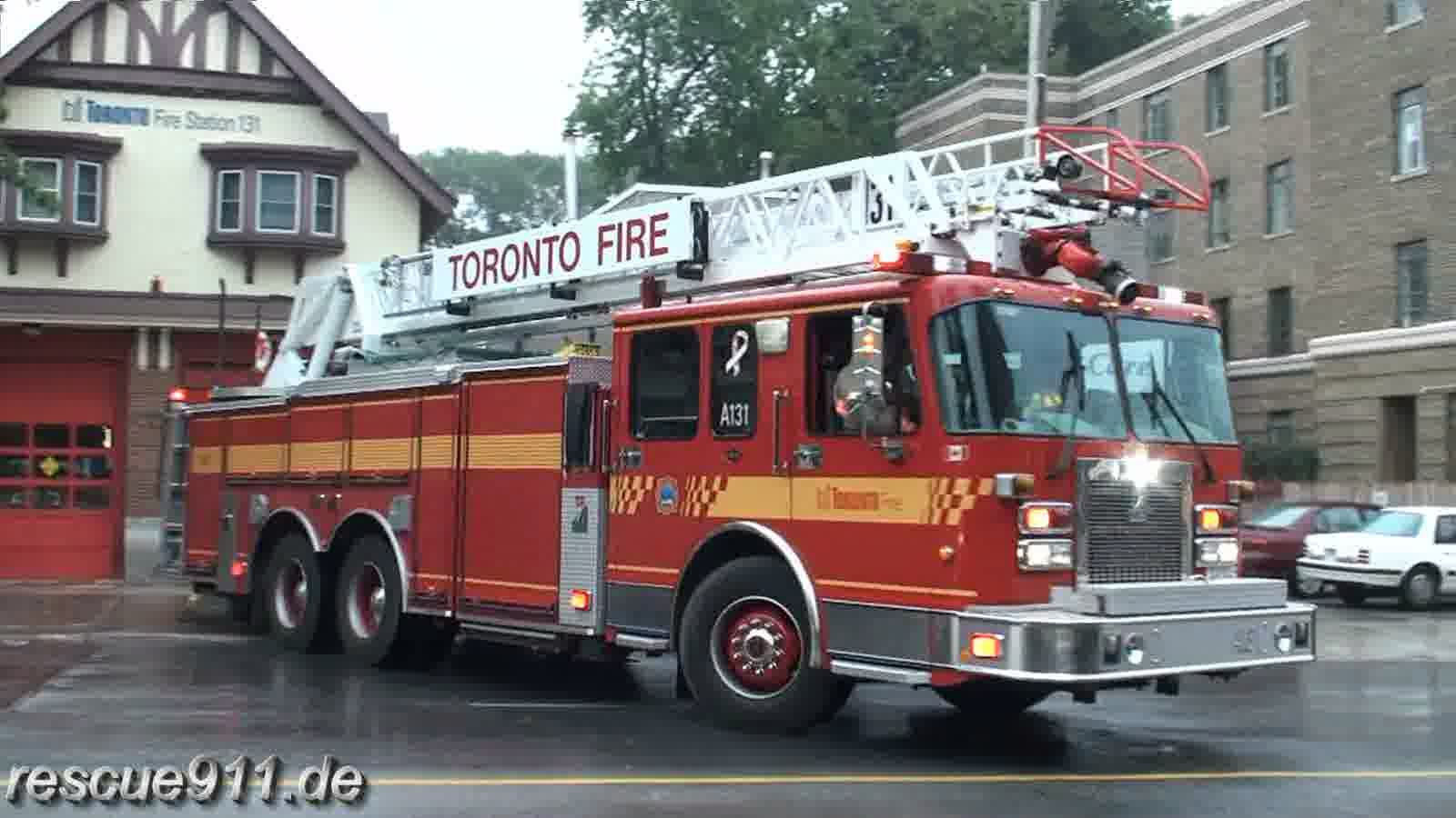 Aerial 131 Toronto Fire Services (stream)