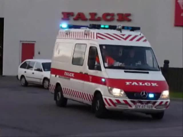Ambulance 3642 Falck