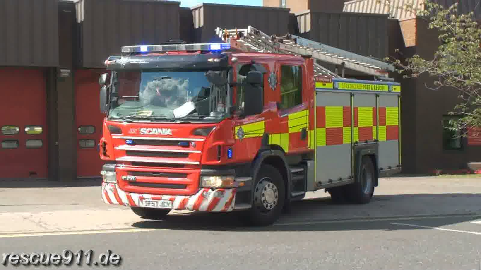 Rescue pump Strathclyde Fire & Rescue (stream)