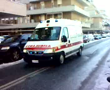 Ambulanza Croce Rossa Italiana