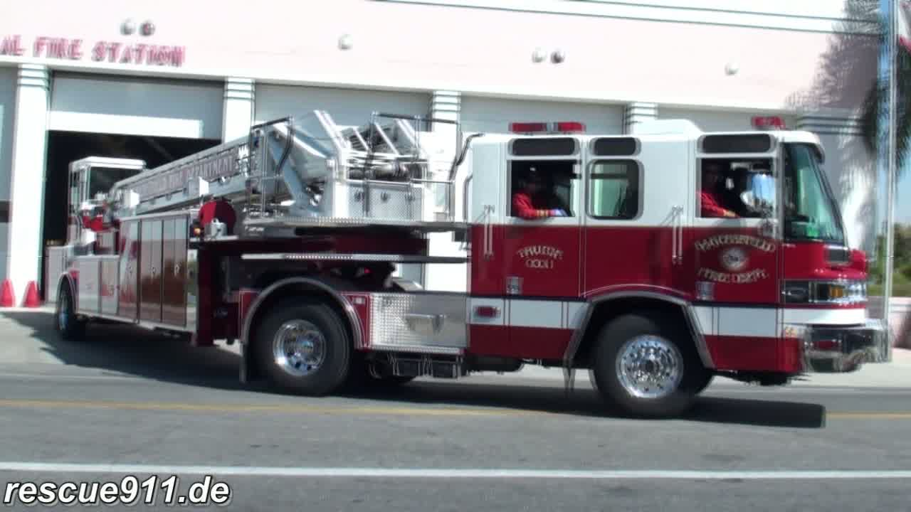 Truck 1 Bakersfield fire department + Ambulance (stream)