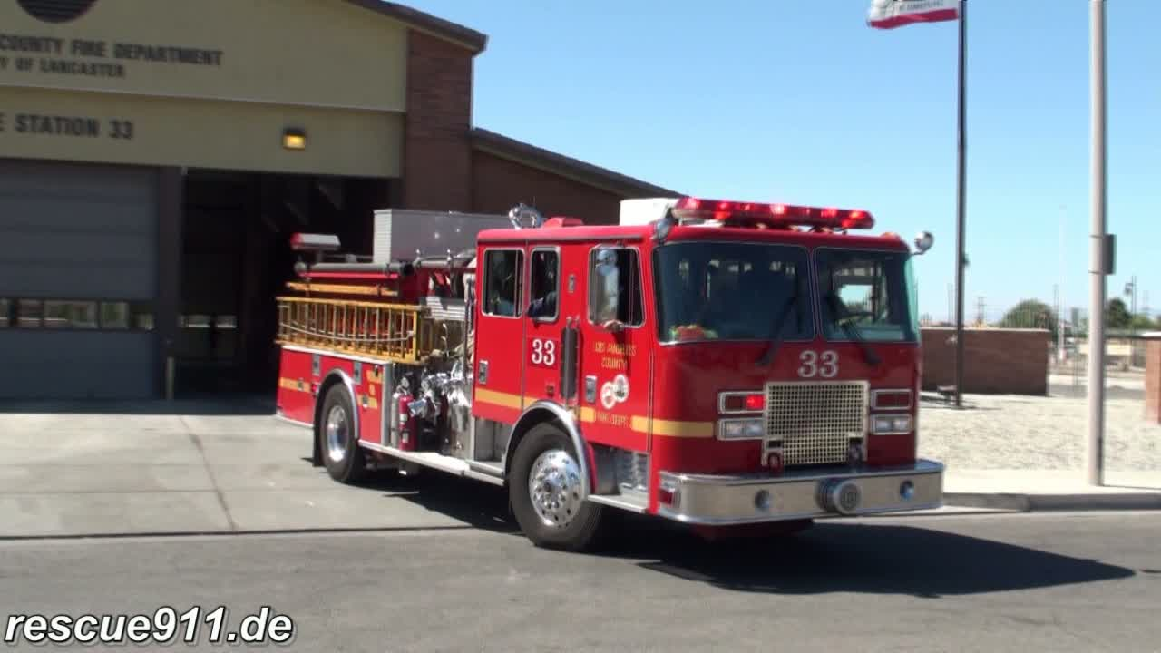 Engine 33  LACoFD (stream)