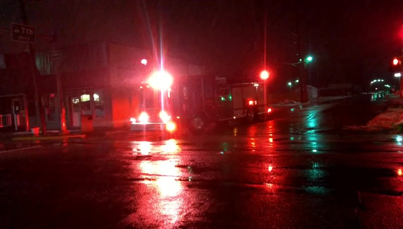 Ambulance 5J17 WCFD + Engine 10 + Car 1 FCFD + Tanker 6 + Squad 8 FRFD
