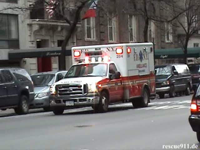 Rescue Medics Ambulance 284 FDNY (stream)