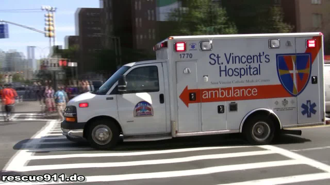 Ambulance St. Vincent's Hospital (stream)