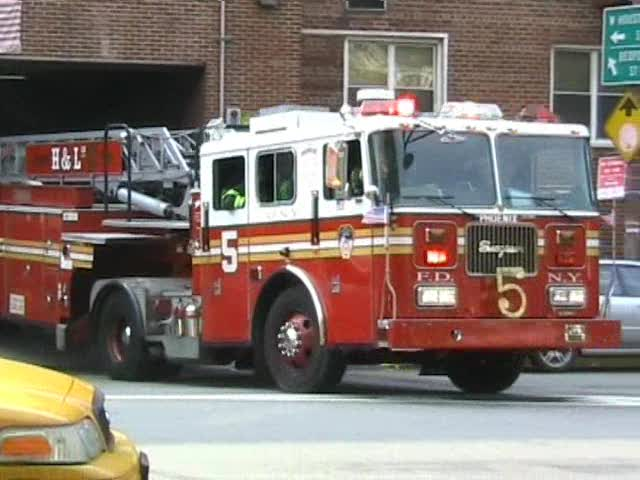 Engine 24 + Tiller Ladder 5 FDNY (stream)
