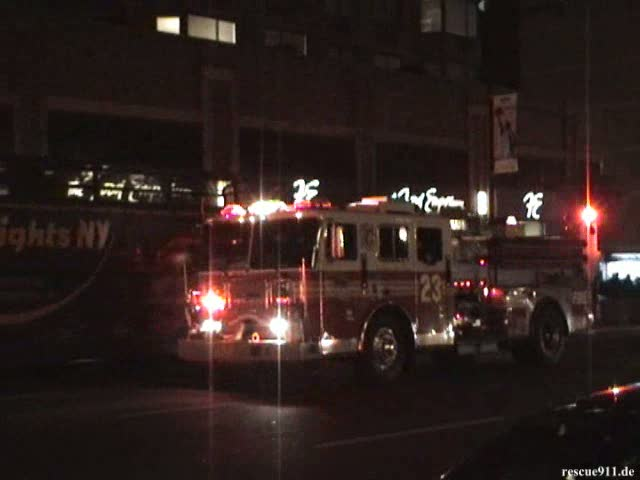 Tower Ladder 21 + Engines 65 + 23 FDNY + Ambulance NewYork-Presbyterian (stream)