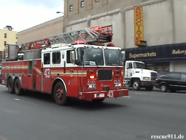 Ladder Truck 43 FDNY (stream)