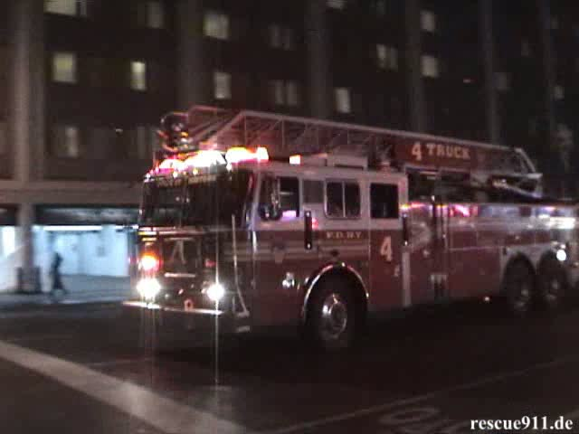 Engine 54 + Ladder Truck 4 + Battalion Chief 9 FDNY (stream)