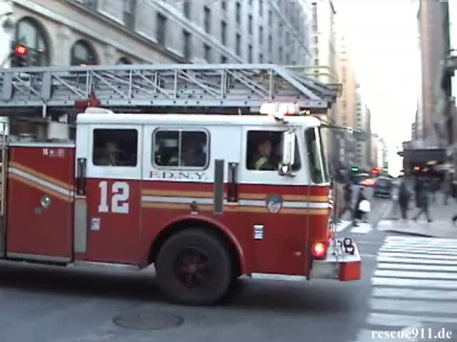 Ladder Truck 12 FDNY (stream)