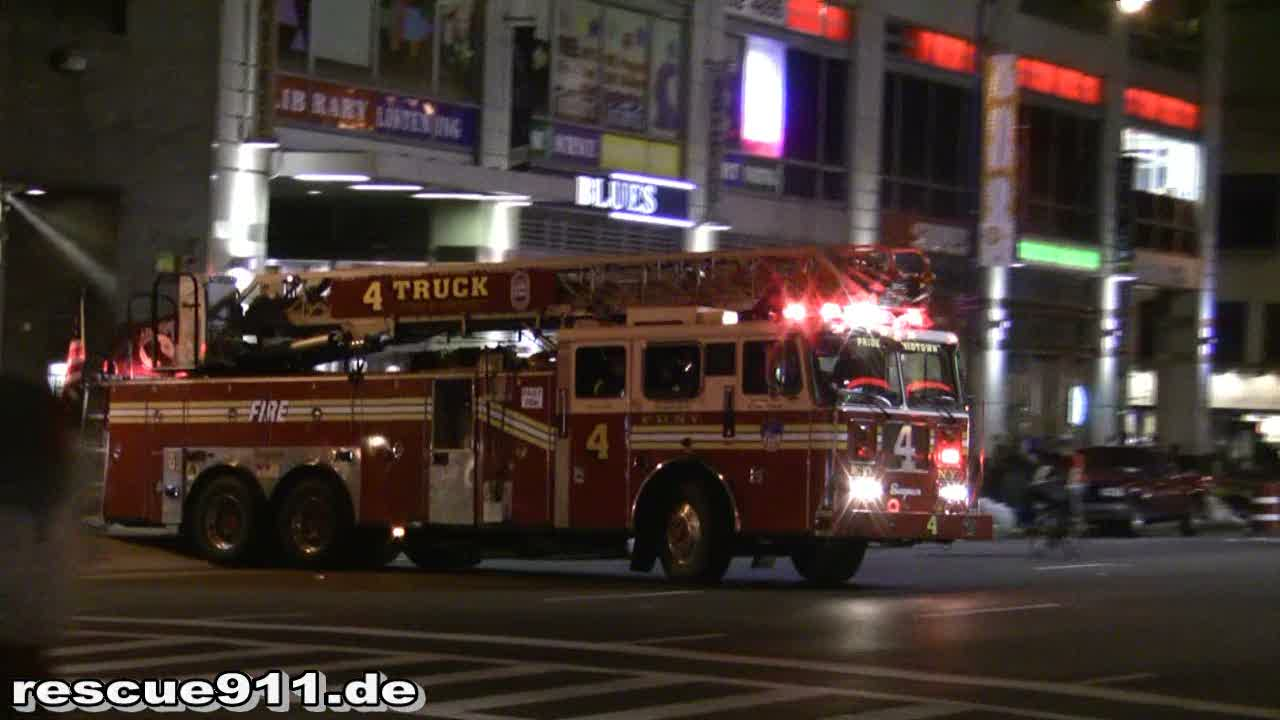Ladder Truck 4 + Battalion 9 FDNY (stream)