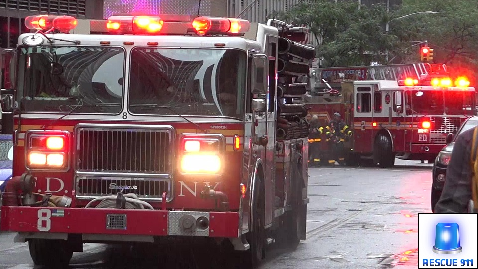Engine 8 + Ladder 2 FDNY (stream)