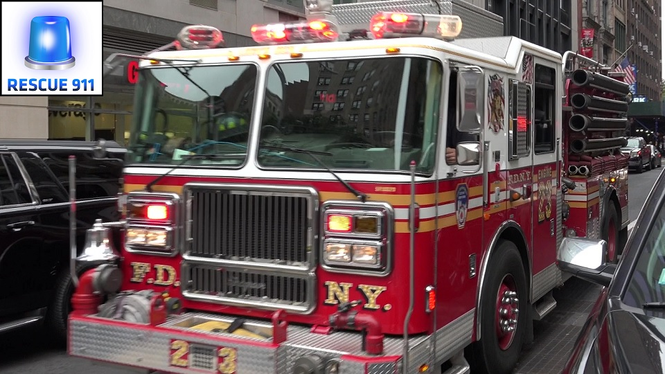 Engine 23 + Ladder 25 FDNY (stream)