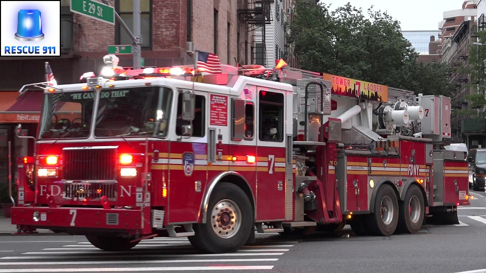 Ladder 7 + Engine 16 FDNY (stream)
