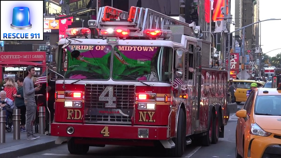 Ladder Truck 4 FDNY (stream)