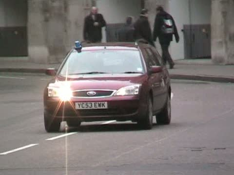 Unmarked Police Car London Police (stream)