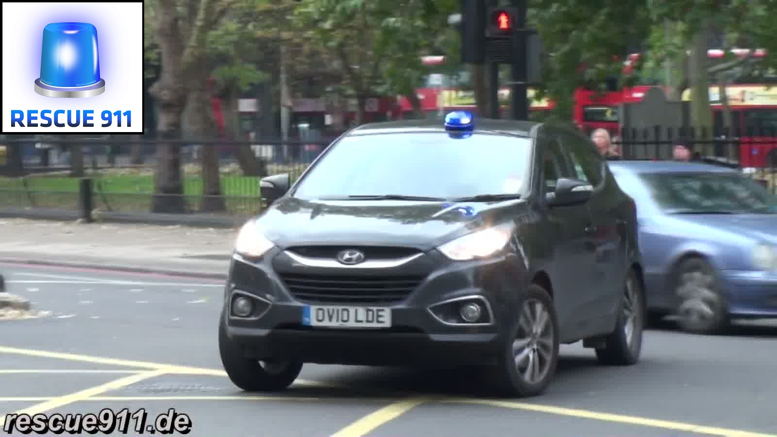 Unmarked Car LFB (stream)