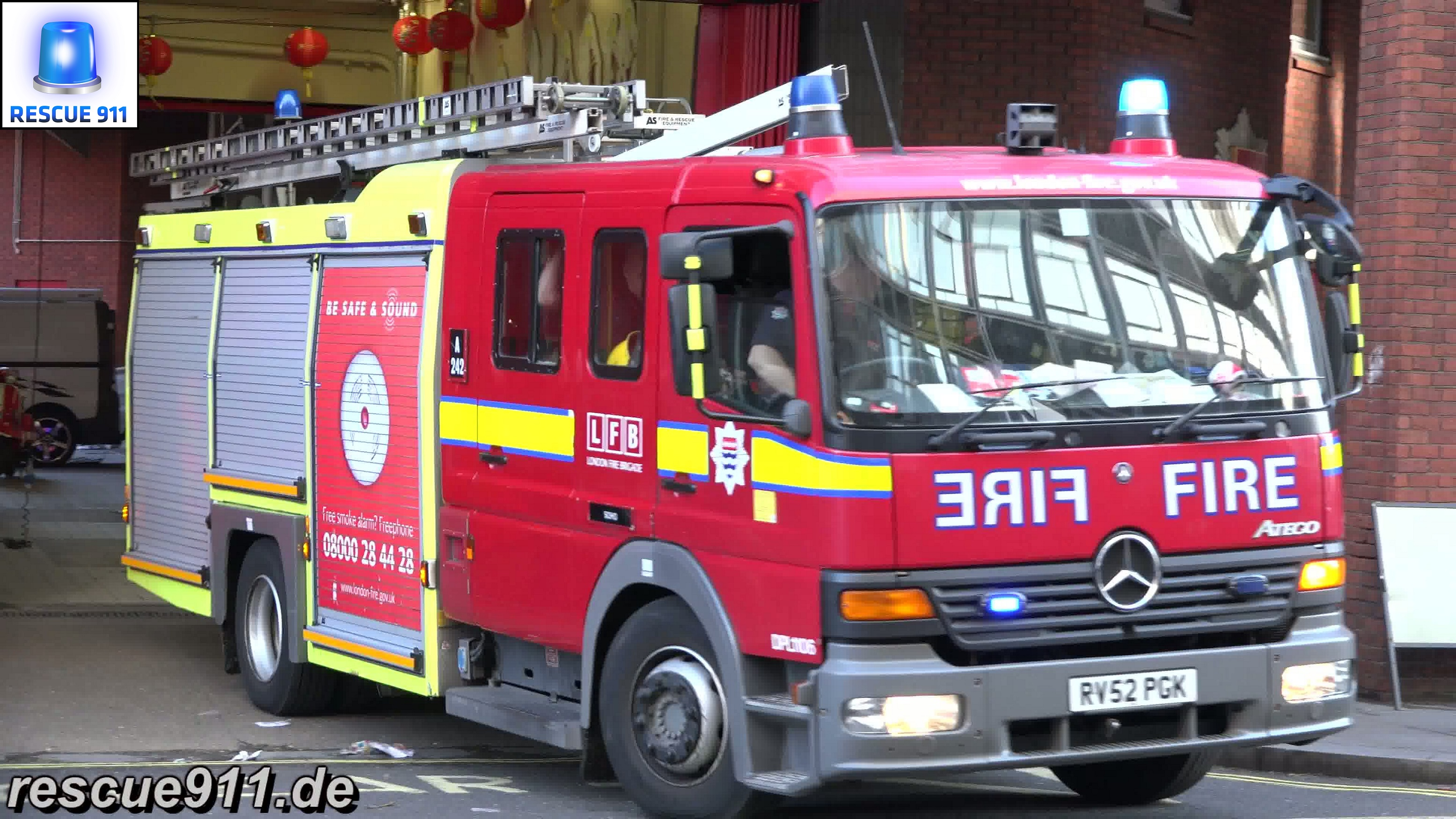 Pump A242 + Pump Ladder A241 LFB Soho (stream)