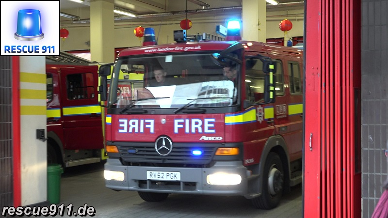 Pump A242 + Ladder A243 LFB Soho (stream)