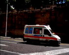 Ambulance + 'Polizia Municiapal'