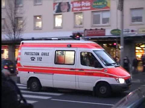 Ambulance RTW Protection Civile (stream)
