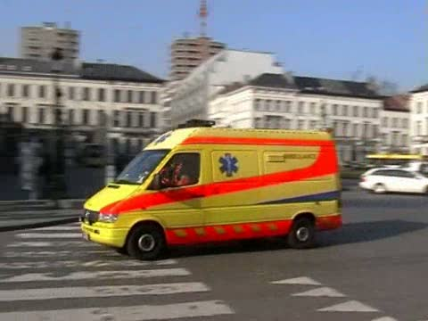 Ambulance M72 ACSA (stream)