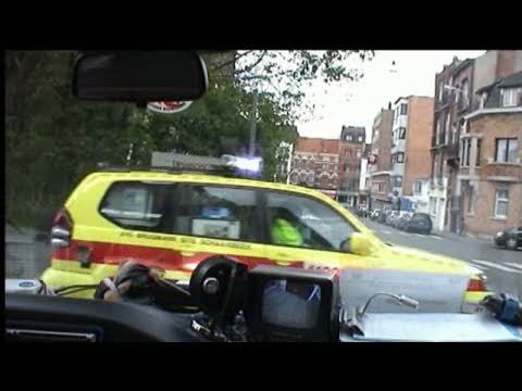 INSIDE VIEW - Ambulance M76 ACSA + SMUR Schaerbeek (stream)