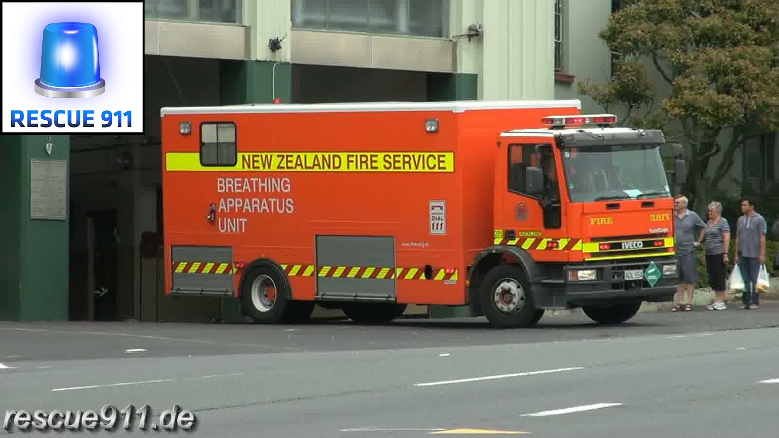 Pump 207 + BA unit 2015 New Zealand Fire Service Auckland City FS (stream)