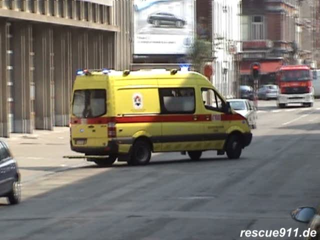 SMUR Liège + Ambulance + Officier IILE (stream)