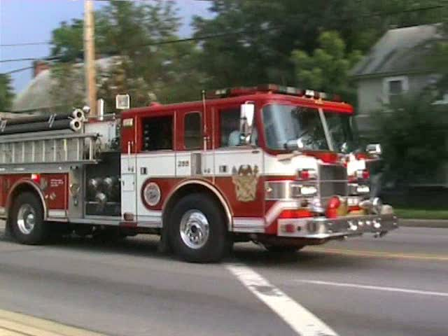 Engine 255 Clinton vol. fire dept/PGFD (stream)
