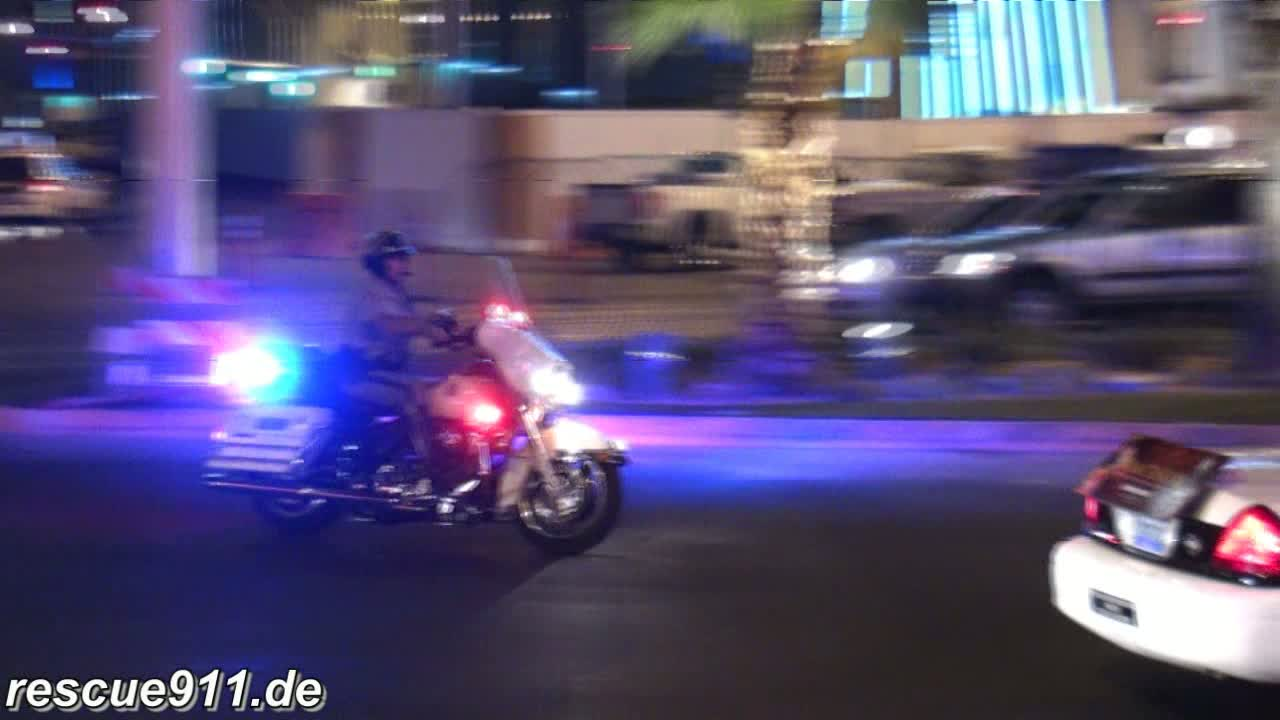 Las Vegas Police stopping vehicles (stream)