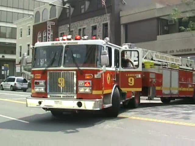 Tiller ladder 9 Philadelphia Fire department (stream)