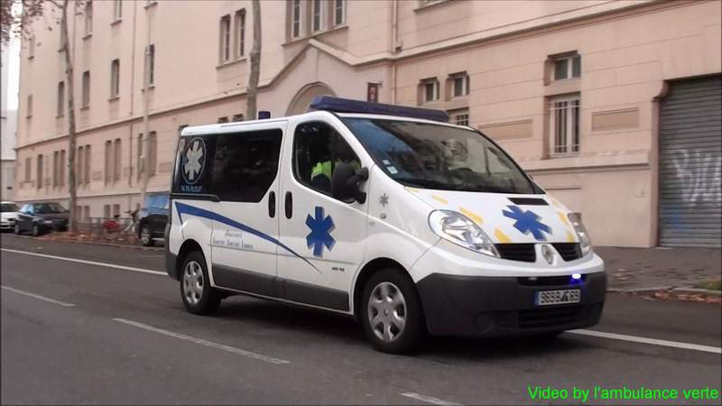 3x Ambulances privées