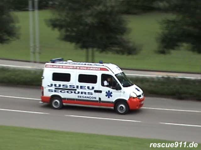 VSAV SDIS 25 + 4x Ambulance privée (stream)