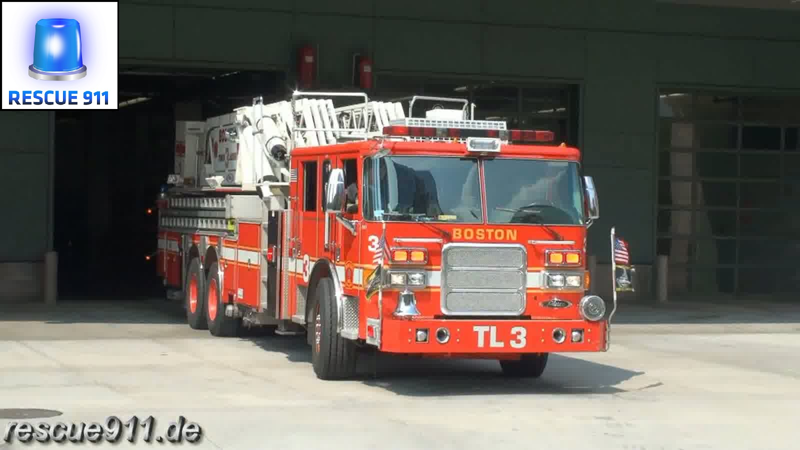 Tower ladder 3 Boston Fire Department (stream)
